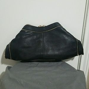 5db62e484449 Alexander McQueen Bags - Alexander McQueen De Manta zip clutch